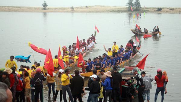 Đức Trạch khôi phục lễ hội đua thuyền truyền thống