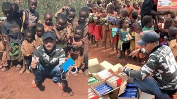 Youtuber Việt ở lại châu Phi giữa mùa dịch, bỏ tiền túi mua nhu yếu phẩm giúp người dân nghèo