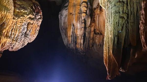 """Động Chà Lòi – """"mê cung dát vàng"""" trong lòng đất tại Quảng Bình"""