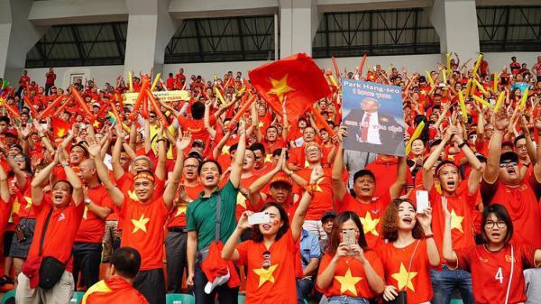 Quảng Bình: Lắp đặt màn hình 300 inch chiếu trận Chung kết bóng đá nam Sea games