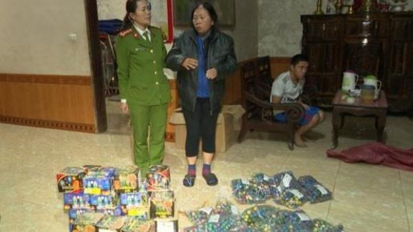 Một phụ nữ Quảng Bình t àng tr ữ, mua bán trái ph ép 70kg ph áo