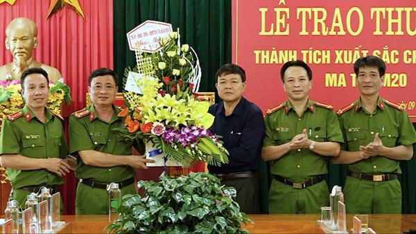 Thị xã Ba Đồn: Trao thưởng thành tích xuất sắc chuyên án ma túy M20