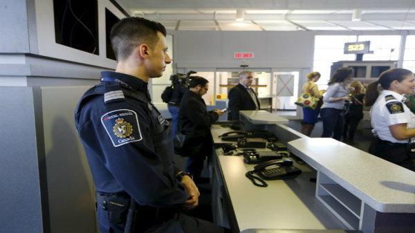 Luật nhập cảnh và những thứ được phép trong hành lý ký gửi Canada