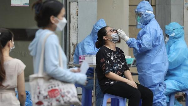 Ngoài Hà Nội, 3 tỉnh khác đã phát hiện người về từ Bệnh viện Việt Đức mắc Covid-19
