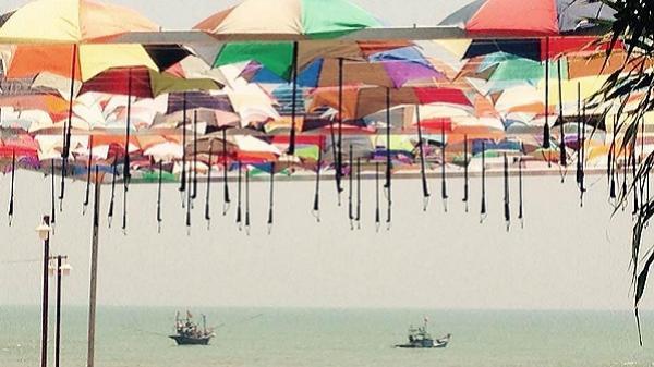 30/4 này, mời bạn về Cảnh Dương trải nghiệm bãi biển, cung đường bích họa đẹp ngẩn ngơ mới xuất hiện tại Quảng Bình