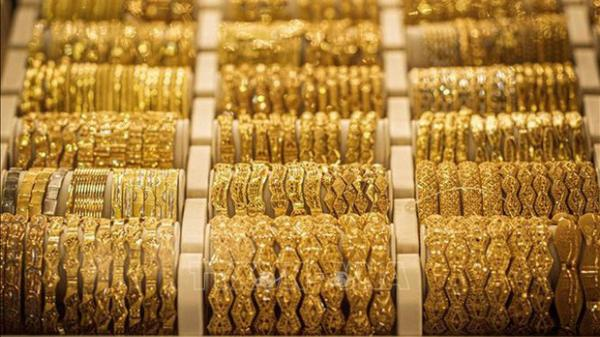 Giá vàng vượt qua mốc 53 triệu đồng/lượng, tăng gần 2 triệu đồng sau một đêm