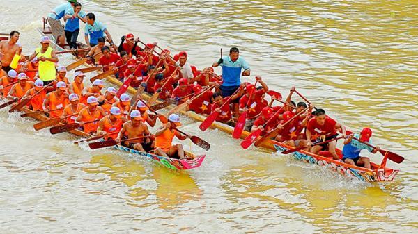 25 đội bơi vòng bảng Lễ hội bơi, đua thuyền truyền thống trên sông Kiến Giang