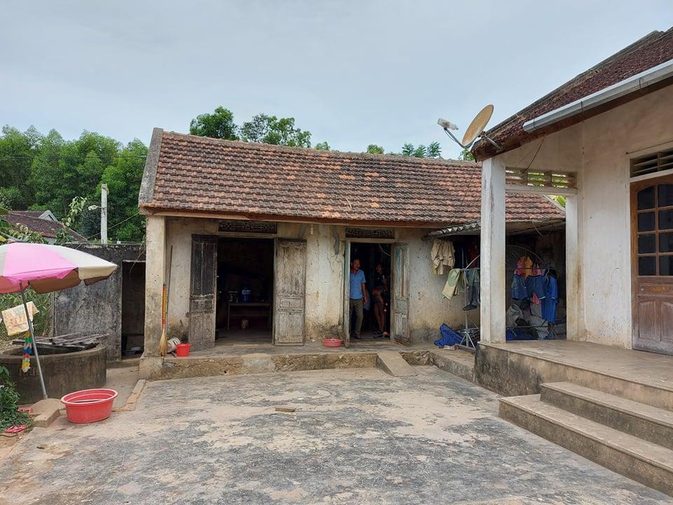 Ngôi nhà cũ kỹ của gia đình chị Phương